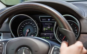 Mercedes GLE 2015 instrument ploča