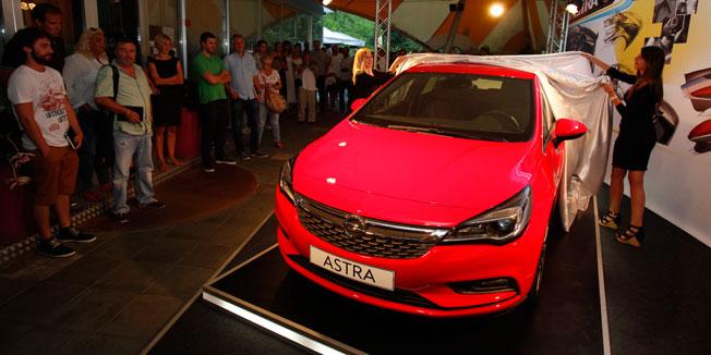 Opel Astra 2015 Zagreb