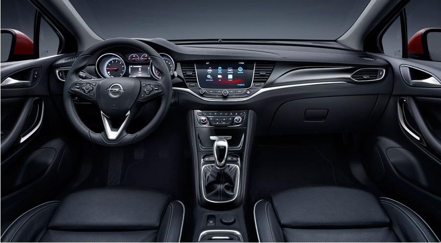 Opel Astra 2015 interijer