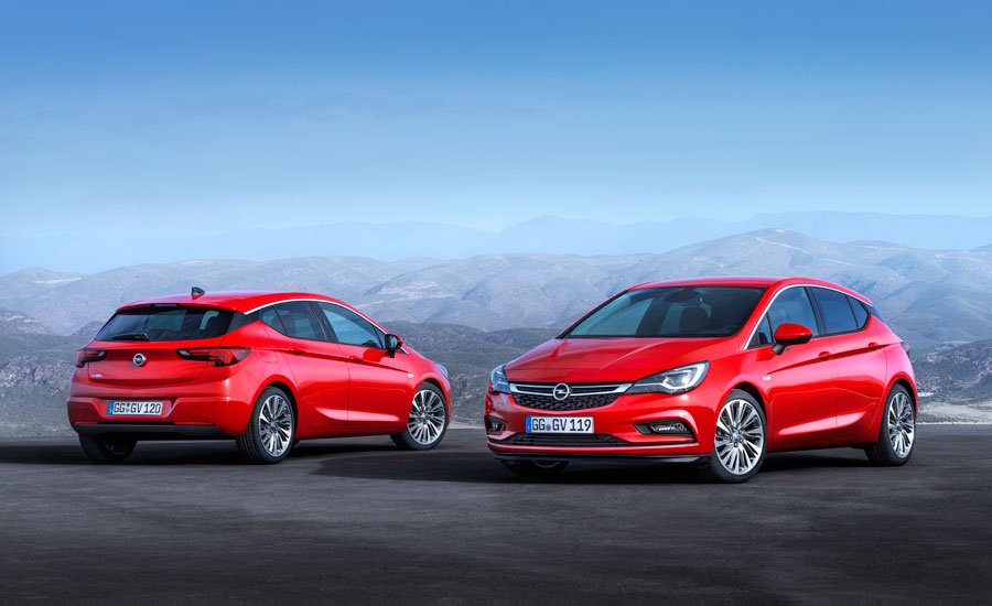 Opel Astra 2015 naprijed iza