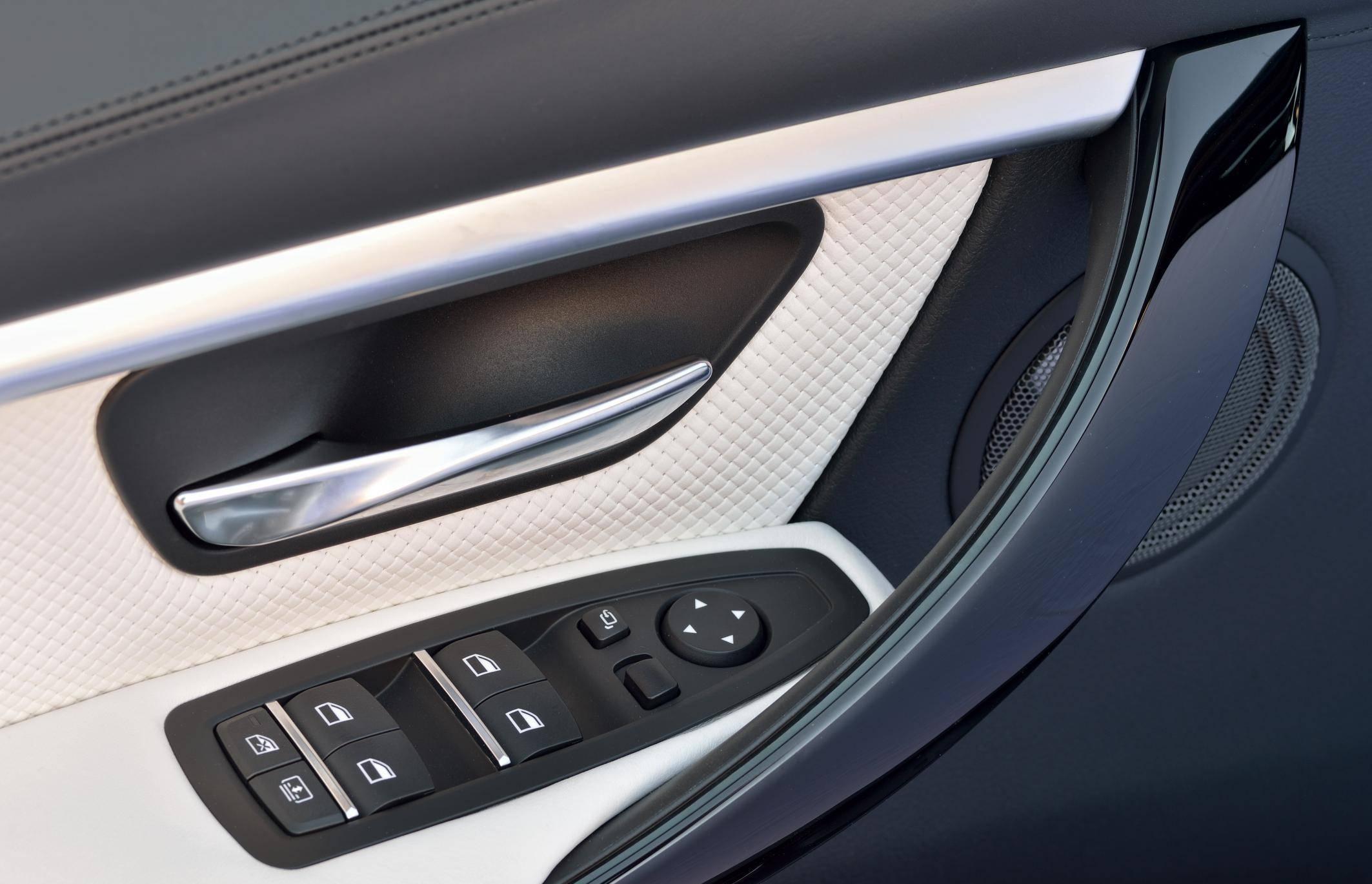 BMW 3 2016 cijena hr