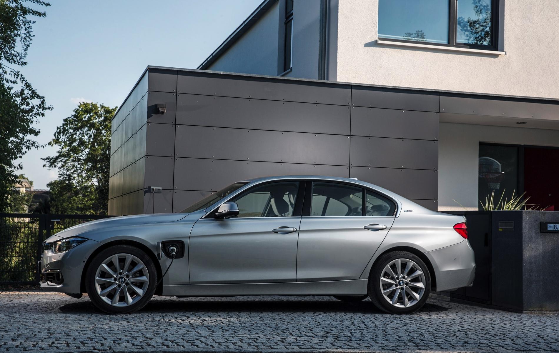 BMW 3 plug-in 2016