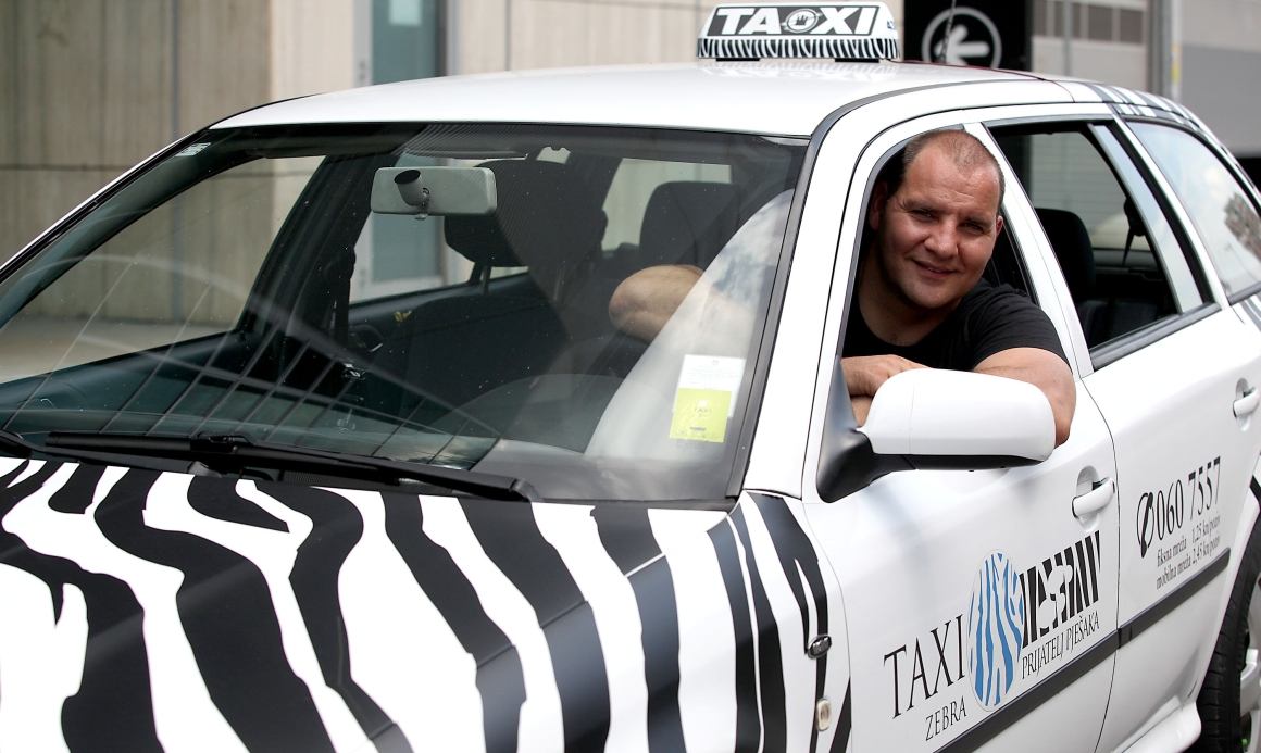 taxi zebra