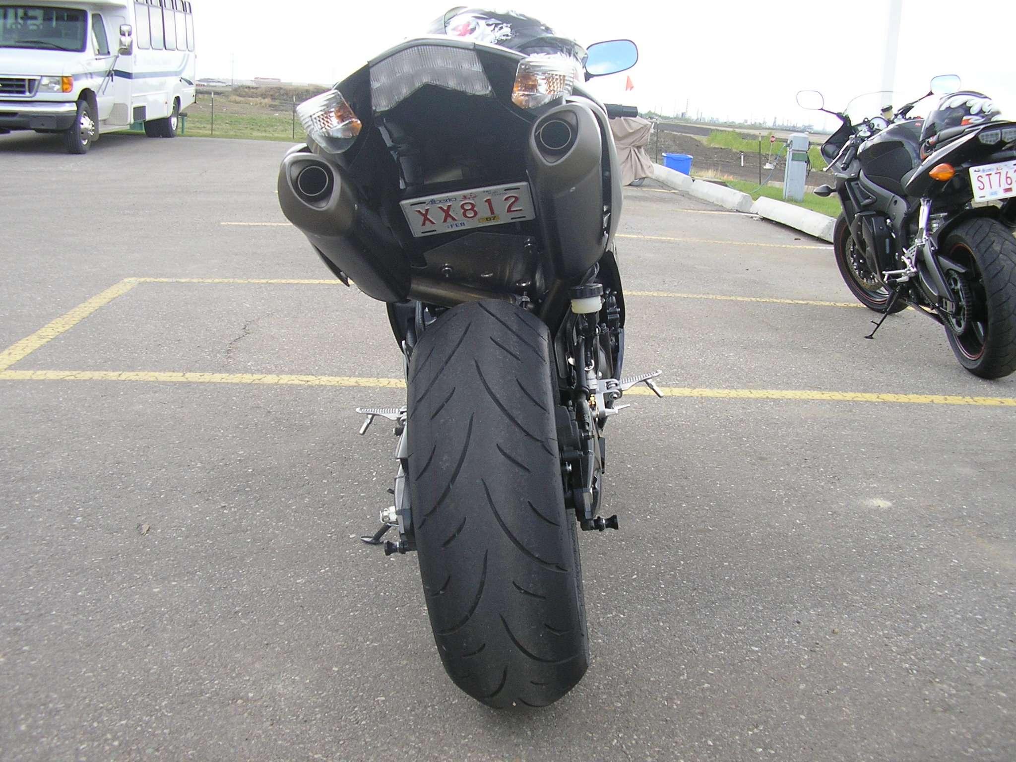Skrivanje tablice na motoru