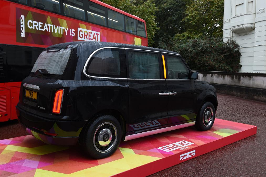 London Taxi Hybrid TX5 2
